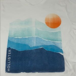 Hollister graphic tee shirt